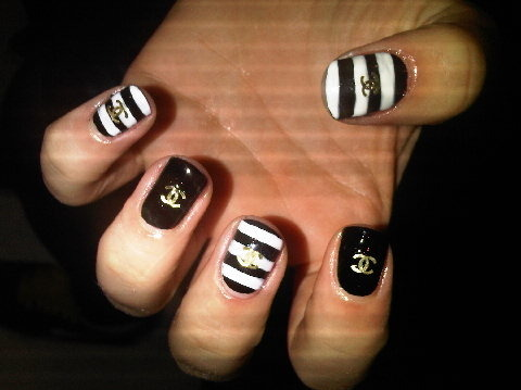 Nail Art Idea Chanel Nails Raisafabienne