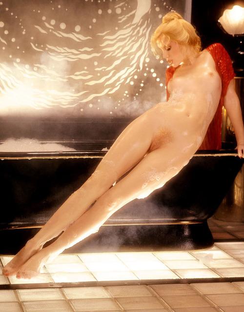 Shannon Tweed (1982)