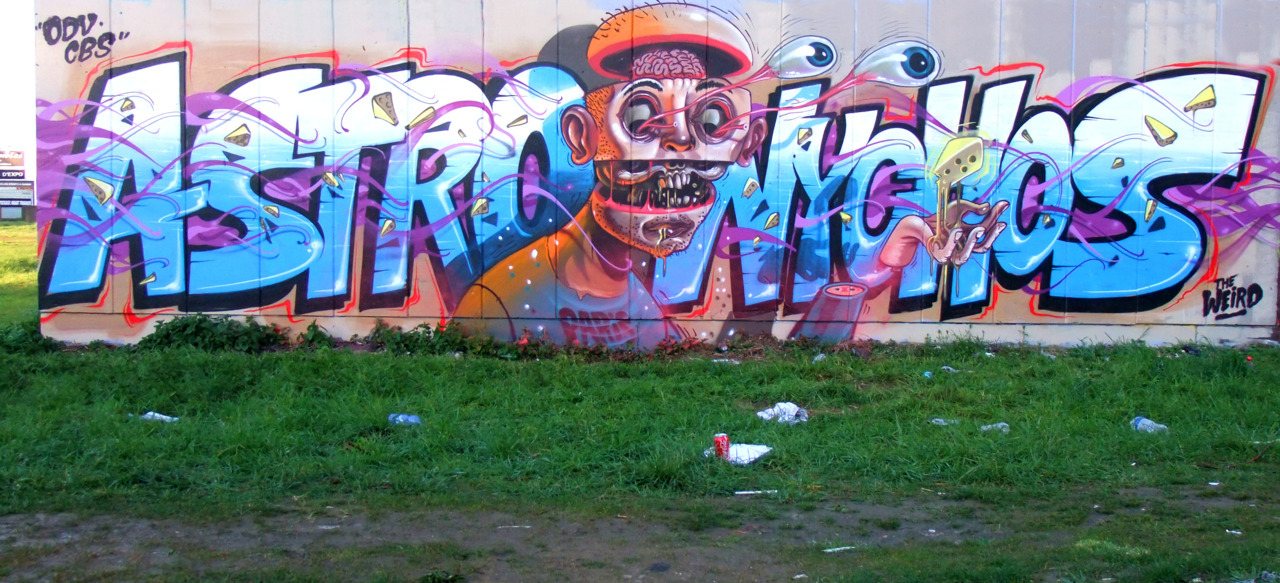"""""""LES FROMAGES"""" Astro and Nychos in Paris."""