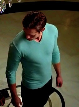 True Blood 30-Night Fangathon - Day 25The Highlight of Season 3The Blue Sweater. Nuff said.