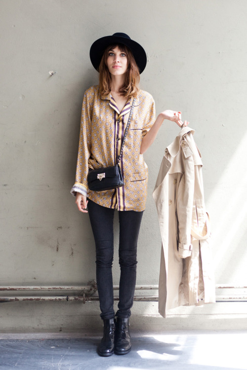 monsieurwintour:Alexa Chung - London Fashion Week