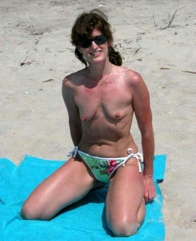 tumblr beach mom
