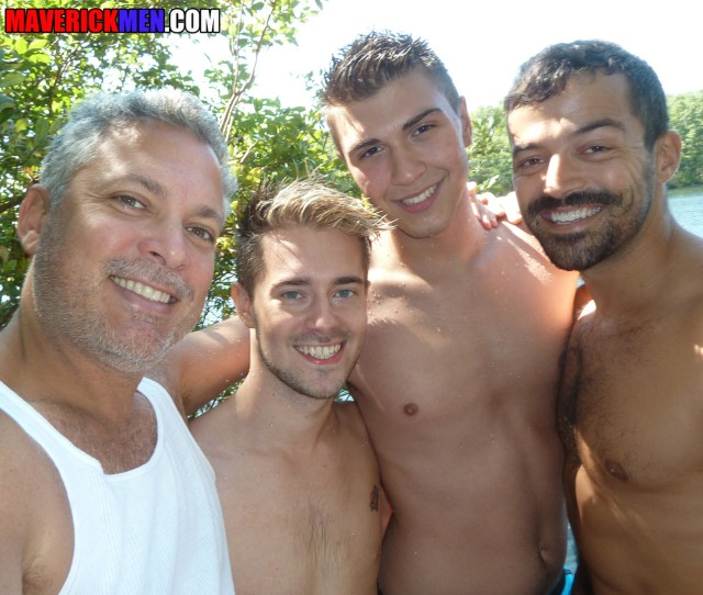 Watch It Now Chris Crockers Gay Porn Debut Manhunt Daily