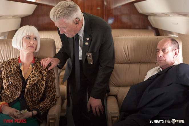 Diane, Gordon and Albert on a plane in Twin Peaks