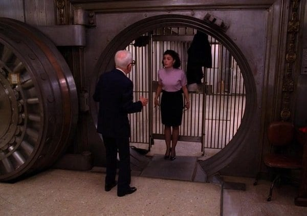 audrey and Dell Mibler in the bank Twin Peaks S2