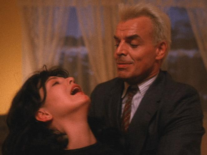 Leland kills Maddy in Twin Peaks