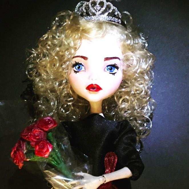 Annie puppet