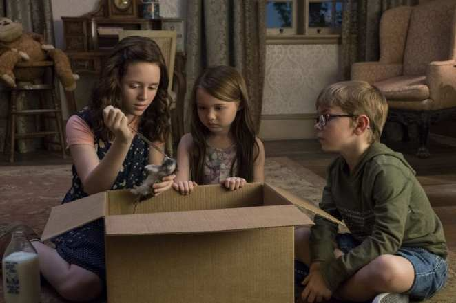 The Crain Twins (Luke and Nell) and Shirley Crain, The Haunting of Hill House, Part 2