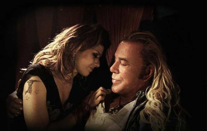Mickey Rourke and Marisa Tomei in The Wrestler