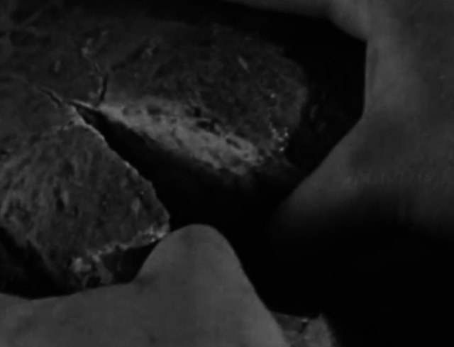 Screenshot of one of the transition scenes from Rose Troche