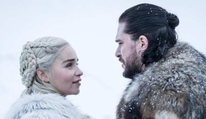 Daenerys Targaryen and Jon Snow falling in love in the Season 8 premiere of Game of Thrones