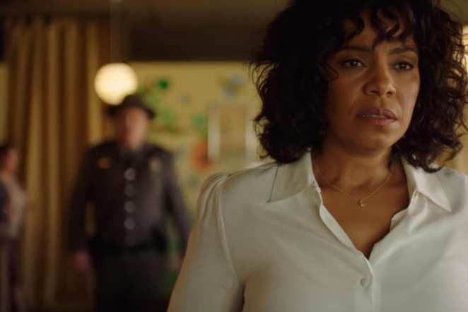 "Nina (Sanaa Lathan) can't elude Officer Lasky in the Twilight Zone episode ""Replay"""