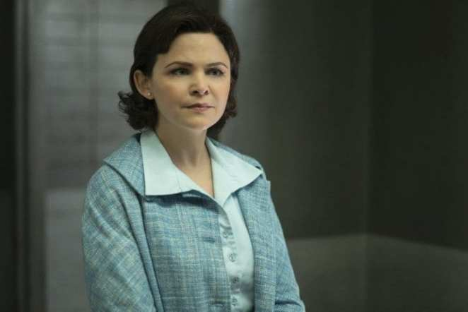 "Ginnifer Goodwin as an increasingly confused Eve in The Twilight Zone episode ""Point of Origin"""