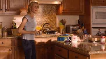 janey e in her kitchen preparing lunch