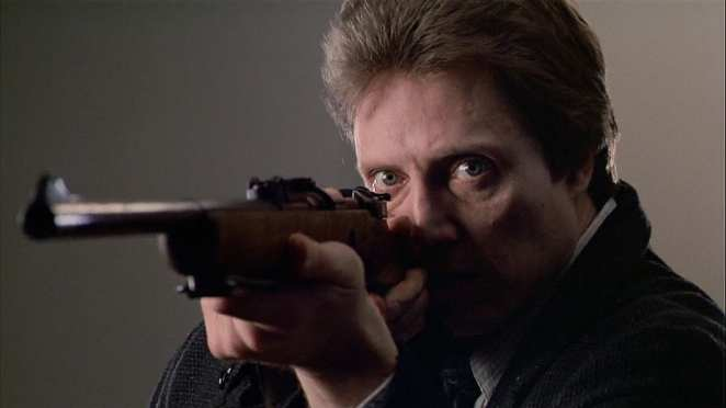 Johnny Smith (Christopher Walken) attempts to fulfill his apparent destiny.