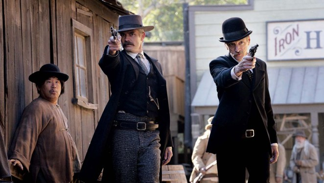 Seth Bullock and Sol Star head into a gunfight