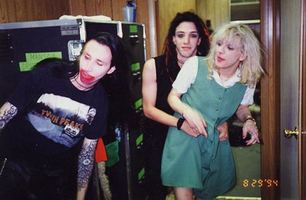 Marilyn Manson, Twiggy Ramirez and Courtney Love, together for a magazine interview.