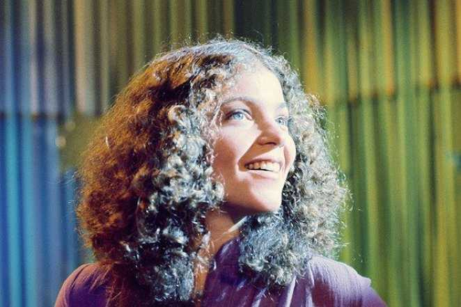 Sue Snell (Amy Irving) witnesses what appears to be a magical night in Brian DePalma's Carrie (1976).
