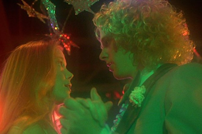 Carrie White (Sissy Spacek) and Tommy Ross (William Katt) share a beautiful dance in Brian DePalma's Carrie (1976).
