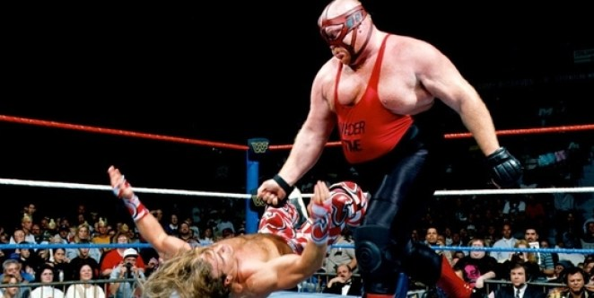 Vader knocks down Shawn Michaels