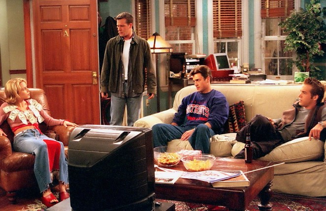 Sharon, Pete, Johnny and Berg spend all day bickering in the apartment