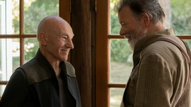 Picard talking to an old friend, William Riker