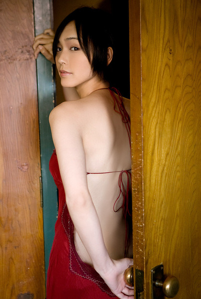 Sayuri Oyamada Photo Gallery