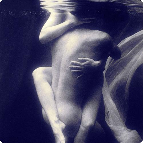 Sex underwater. ;]