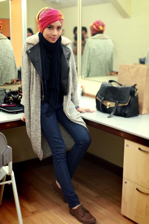 hijabislookbk:  (via Yuna Z.)