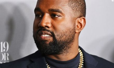 Kanye West allegedly eating his earwax in this video