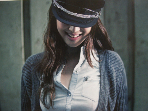 fuckyeah-fx:  ©iheartfx Scans for Vogue Girl are out! I'll post some HQ ones once they're available.