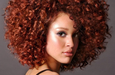 welovecurls:  naturalhairfetish:  Reanna Wilborn, from her ModelMayhem profile.  WANT HER HAIR LIKE NOW