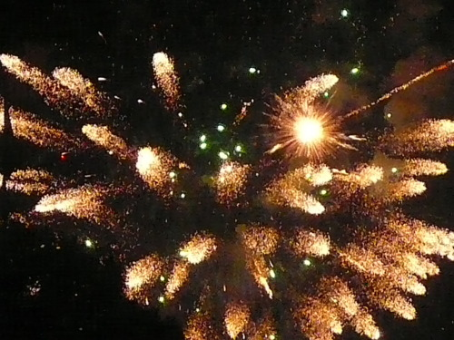 """Flow Love """"Stop looking for love and BE the one who loves, flow love into the universe today and watch what happens"""" Simon Alcantara Photo: Fireworks, Simon Alcantara"""