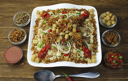 【エジプトの大衆食「コシャリ」美味しいの?】ユニークで栄養満点!