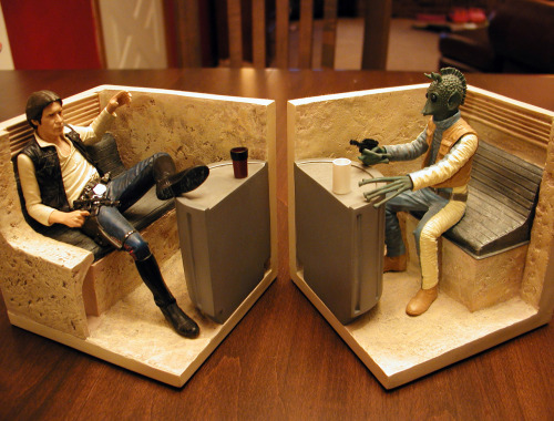 strake:  My earlier picture of my Han and Greedo bookends seemed to drum up a surprising amount of interest.  Here is a closeup shot for my fellow Mos Eisley nerds.