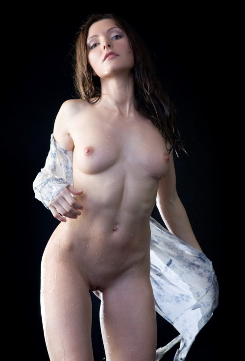 Sexo para parejas - piel húmeda
