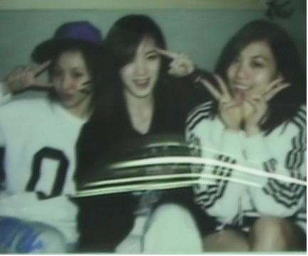 Pre-debut Min, Jia, Fei