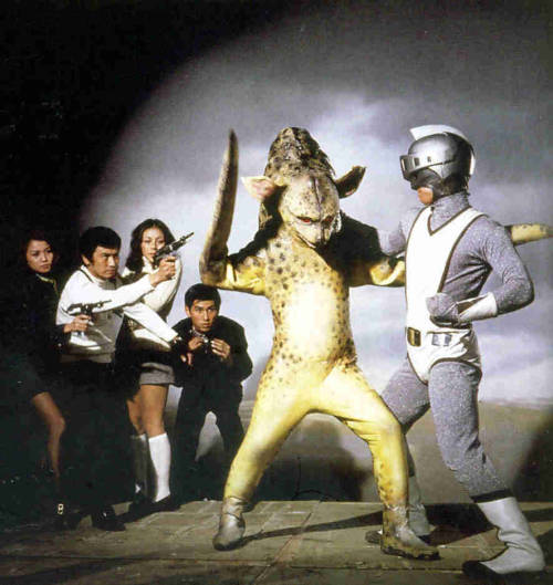 My karate class. mudwerks: DRILLPOP