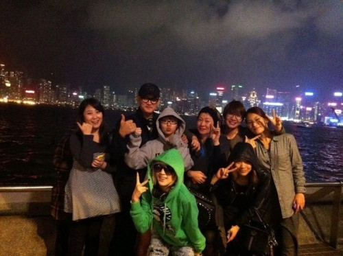 101202 Min's Twitter Macao trip. view in high-res