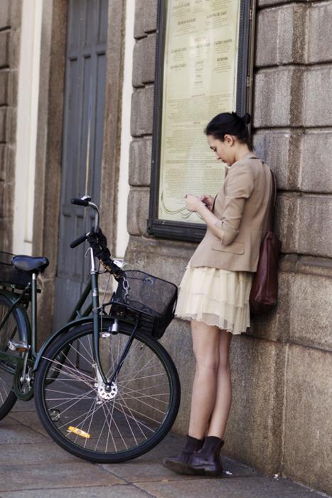 thesartorialist:</p> <p>On the Street….Via Manzoni, Milan<br />
