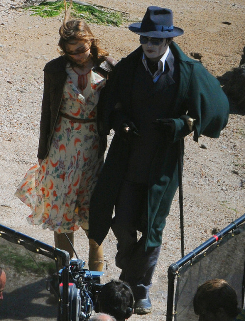 Johnny Depp On The Set Of His New Movie, Michael Jackson Twilight | BWE.tv