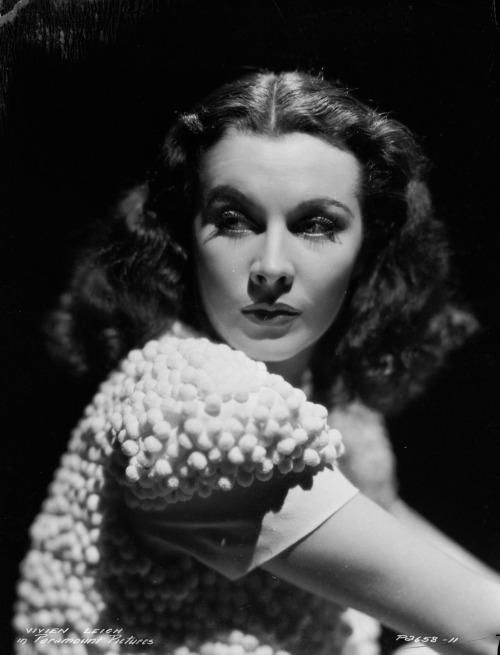 Vivien Leigh, 1930