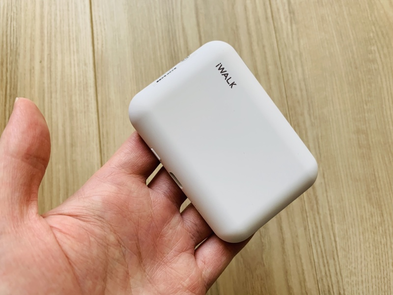 iWALK,モバイルバッテリー,ワイヤレス充電,AirPodsPro,AirPods