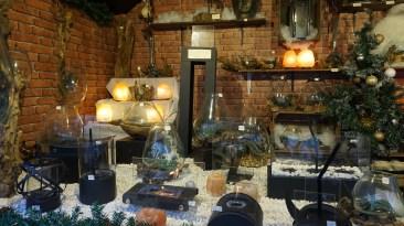 Chalet de décorations de table sur le marché de Noël de Nantes