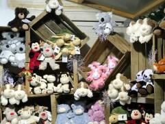 Peluches bouillottes sur le marché de Noël de Rennes