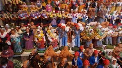 Santons traditionnels sur le marché de Noël de Nantes