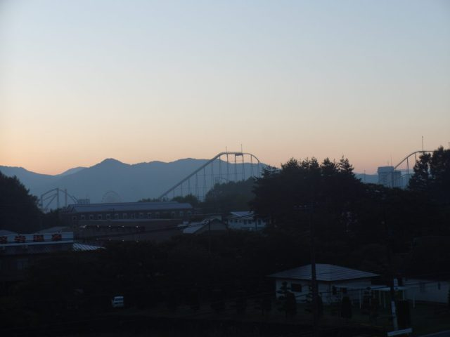 Mount Fuji Amusement Park as seen from Fujizakura Inn