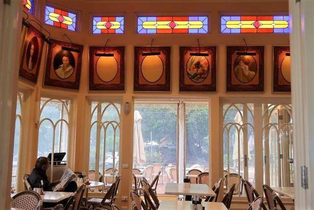 Inside Poets Cafe Montville