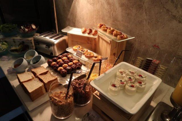 Mercure Singapore Bugis Executive Lounge Breakfast Selection