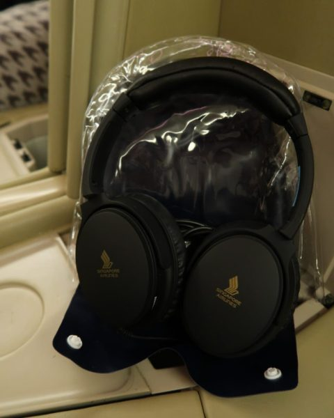 Comfortable headphones SQ Business Class Review